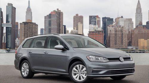 В Украине аннулируют регистрацию 2800 Volkswagen Golf Sportwagen