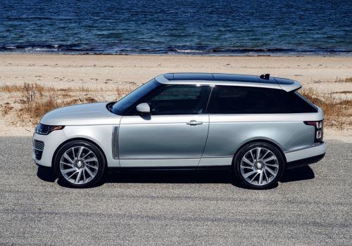 В новом поколении Range Rover намерен конкурировать с Bentley Bentayga и Rolls-Royce Cullinan