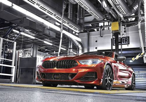 BMW запустила производство нового купе 8 серии