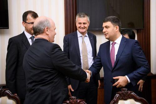 Гройсман: Renault рассматривает возможность размещения производства в Украине