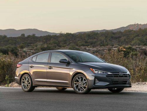 Hyundai показала обновленную Elantra