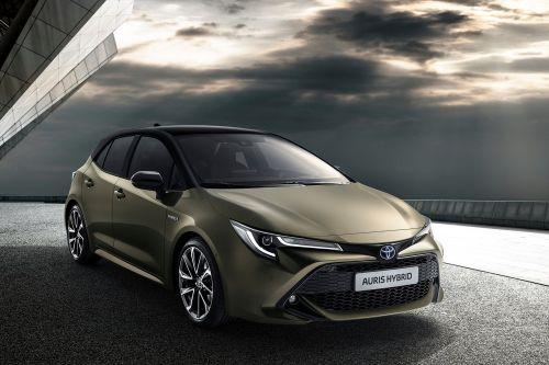 Toyota решила отказаться от имени Auris на всех мировых рынках