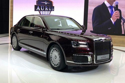 В России показали гражданскую версию путинского лимузина Aurus. В чем отличия