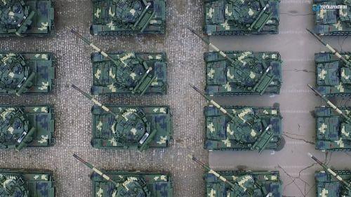 Стало известно, сколько вооружения и военной техники было передано в 2018 г. в армию