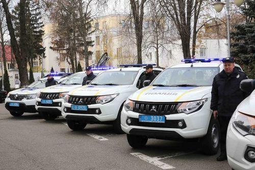 Подразделения взрывотехников будут ездить на Mitsubishi L200 и Renault Duster