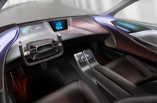 Toyota показала каким будет интерьер у беспилотных автомобилей
