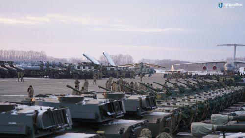Сколько военной техники было передано в ВСУ в 2018 году - техник