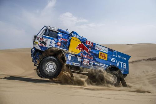Дакар-2019. Категория грузовики. Непростая победа КАМАЗа