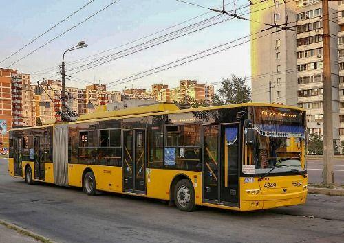 «Богдан» оценил потребности Киева в общественном транспорте