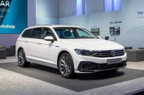 Volkswagen обновил Passat. Что изменилось