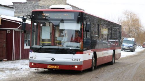 «Богдан» передал очередную партию автобусов для Ивано-Франковска