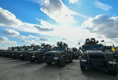 ВСУ сегодня получила на вооружение 400 единиц новой военной техники