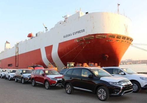 В Украину прибыла крупная партия новых автомобилей - Mitsubishi