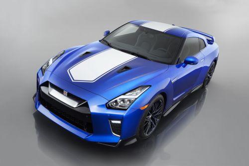 Представлена юбилейная версия Nissan GT-R