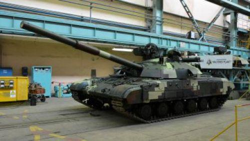 В ВСУ передали новую партию танков «Булат»