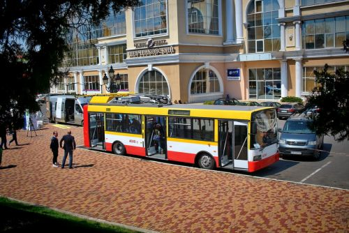 В Одессе из троллейбуса сделали электробус - электробус