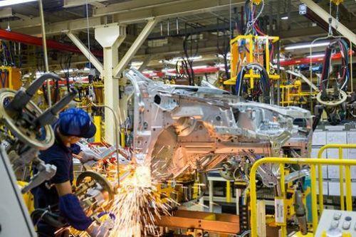 Президент Узбекистана пригрозил закрыть завод GM Uzbekistan
