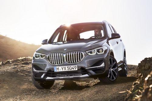 Обновленный BMW X1 получит увеличенные «ноздри» и гибрид