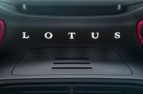 Lotus готовит электрический спорткар