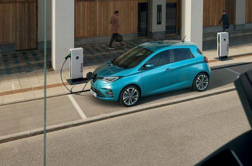 В Эстонии хотят выдавать 5000 евро покупателям электромобилей