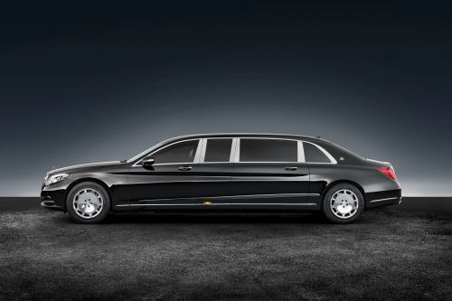 Появились фото салона лимузина Лукашенко