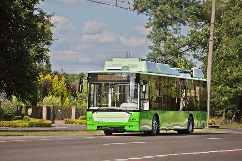«Богдан» выпустил первые троллейбусы для Харькова