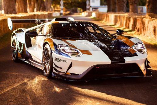Ford представил 700-сильную версию суперкара GT
