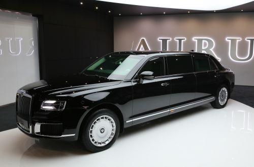 За российский лимузин Aurus выставили прайс выше, чем за Maybach