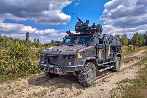 В Украине впервые создали собственную колесную бронированную боевую машину