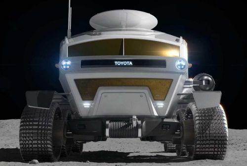 Toyota построит луноход на базе серийной модели