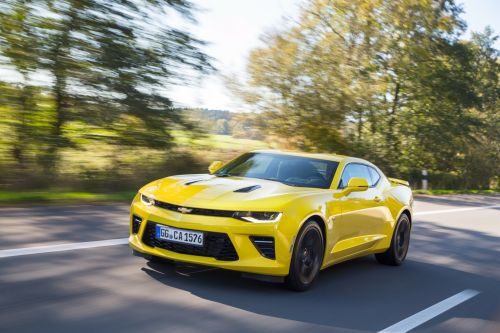 Маркетинговые войны: Chevrolet сделал специальную скидку на Camaro для владельцев Ford Mustang