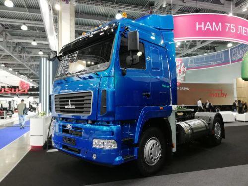 МАЗ представил газовую версию тягача