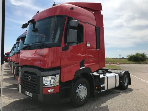 На тягачи Renault Trucks серии T действуют специальные цены и условия финансирования