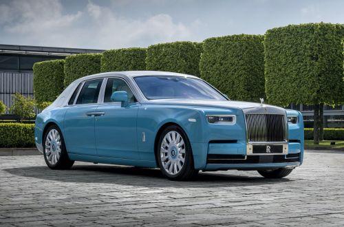 Rolls-Royce представил три эксклюзивных исполнения Phantom для особых ценителей