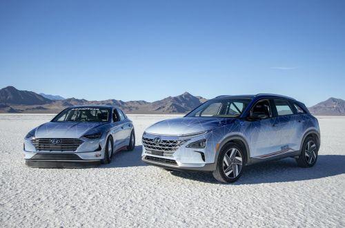 Hyundai установила два экорекорда скорости