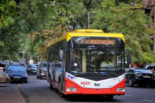"""Есть результат: В Одессе коммунальный электротранспорт рыночными методами начал побеждать """"маршрутки"""""""