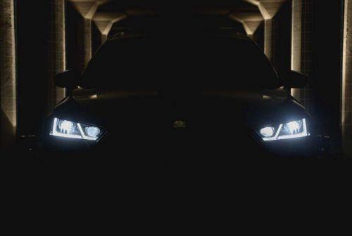 Skoda начала интриговать новой Octavia за неделю до премьеры