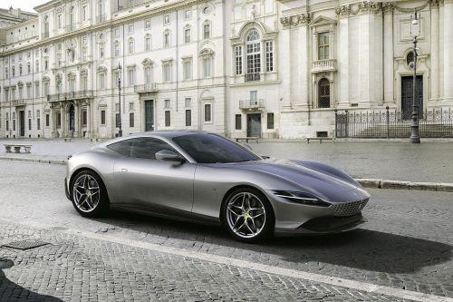 Ferrari представила новый спорткар в стиле неоретро