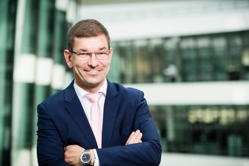 Audi возглавит топ-менеджер, который ранее работал в Mercedes-Benz и BMW