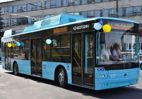 В Хмельницкий отправлена вся партия из 10 троллейбусов Богдан Т70117