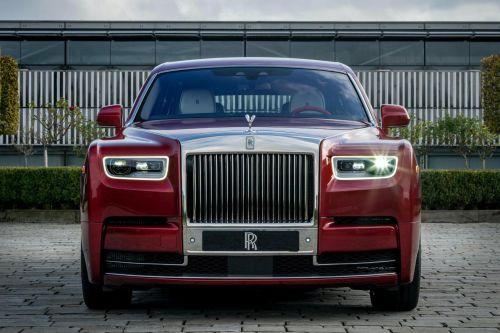 Rolls-Royce подготовил уникальный Phantom с хрустальной покраской