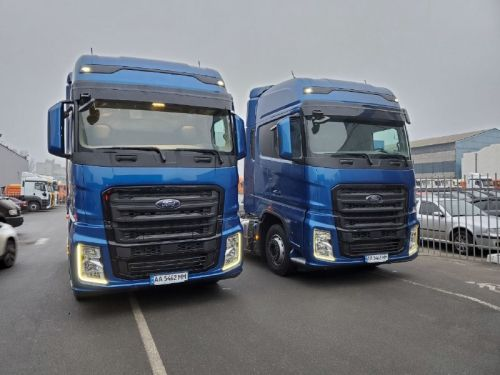 В Украину поставлено еще два новых тягача Ford Trucks F-MAX