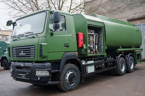 На шасси МАЗ в Украине выпустили уникальный аэродромный топливозаправщик