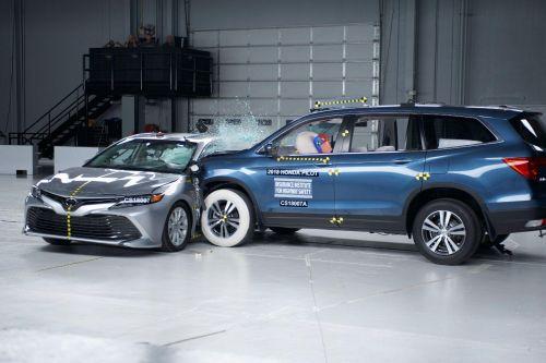 В США ужесточат требования к безопасности авто