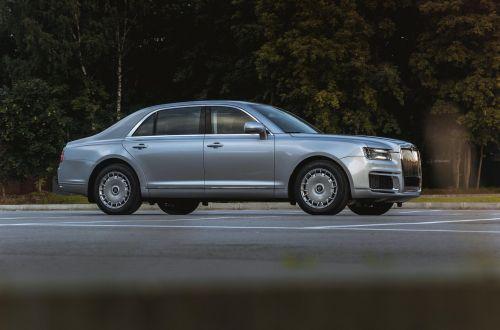 """В России назвали сколько хотят выпустить лимузинов Aurus для """"простых граждан"""""""