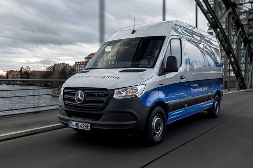 Mercedes-Benz проводит уже 28 отзыв на ремонт за этот год в РФ. На этот раз 1700 авто подвели тормозные шланги - отзывает