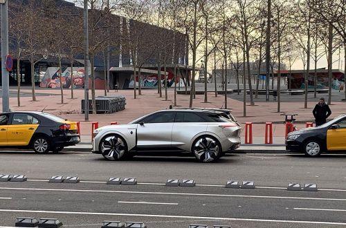 Каким будет электрический кроссовер Renault