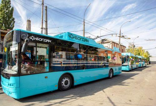 В Хмельницком начинают эксплуатацию троллейбусов Богдан Т70117