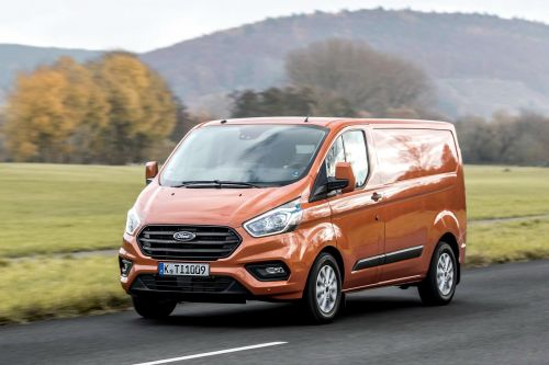 Ford разрешил заправлять фургоны Transit растительным маслом