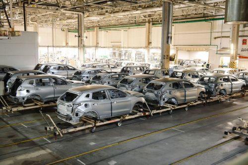 Nissan может остановить завод в РФ из-за коронавируса